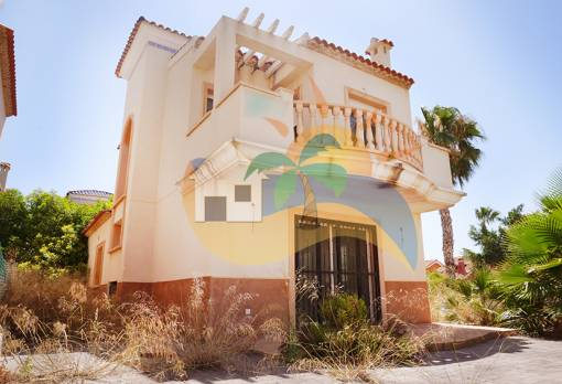Detached house - Sale - Guardamar del Segura - El Raso