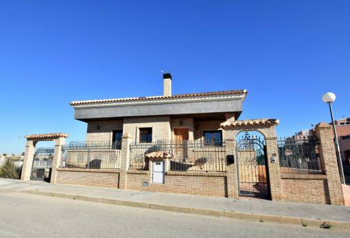 Detached house - Sale - Los Montesinos - La Herrada