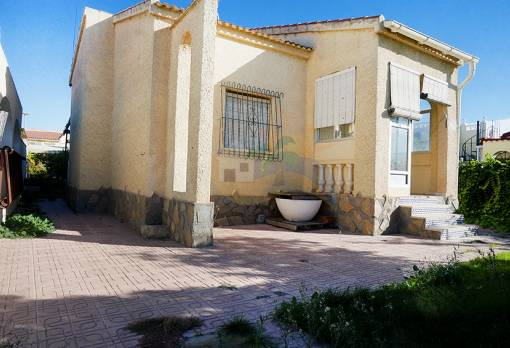 Detached house - Sale - San Fulgencio - Urbanization La Marina